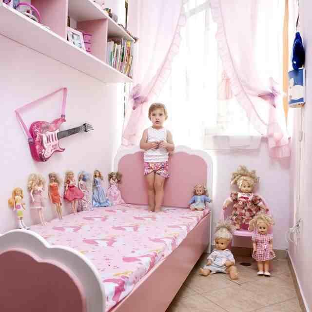дети и их любимые игрушки