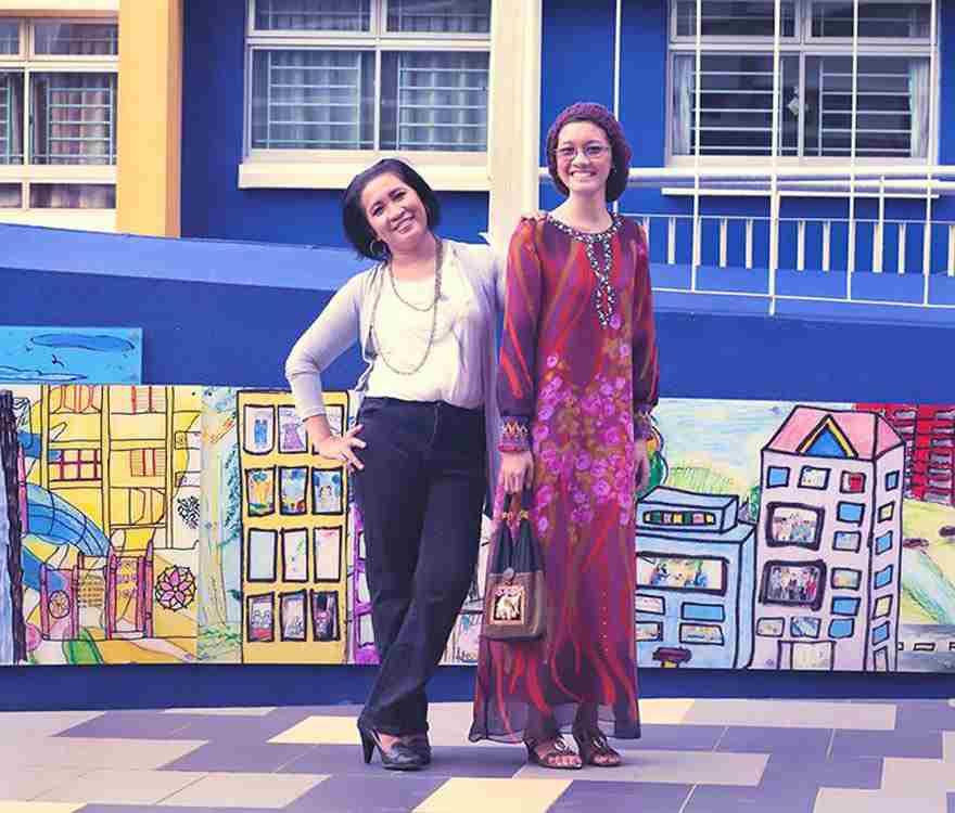 малайзия мама с дочкой
