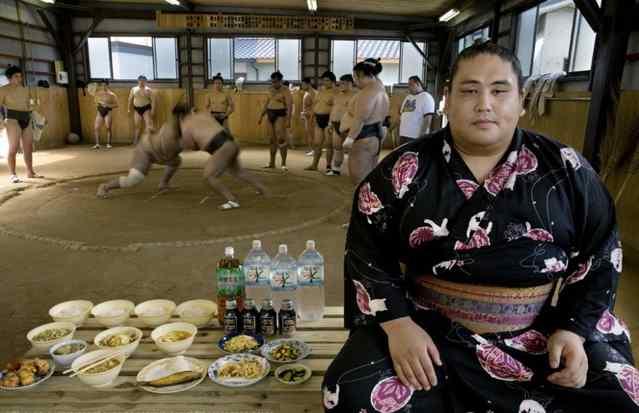 что ест борец сумо