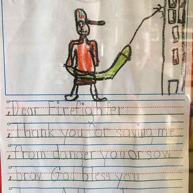 пожарник рисунок ребенка