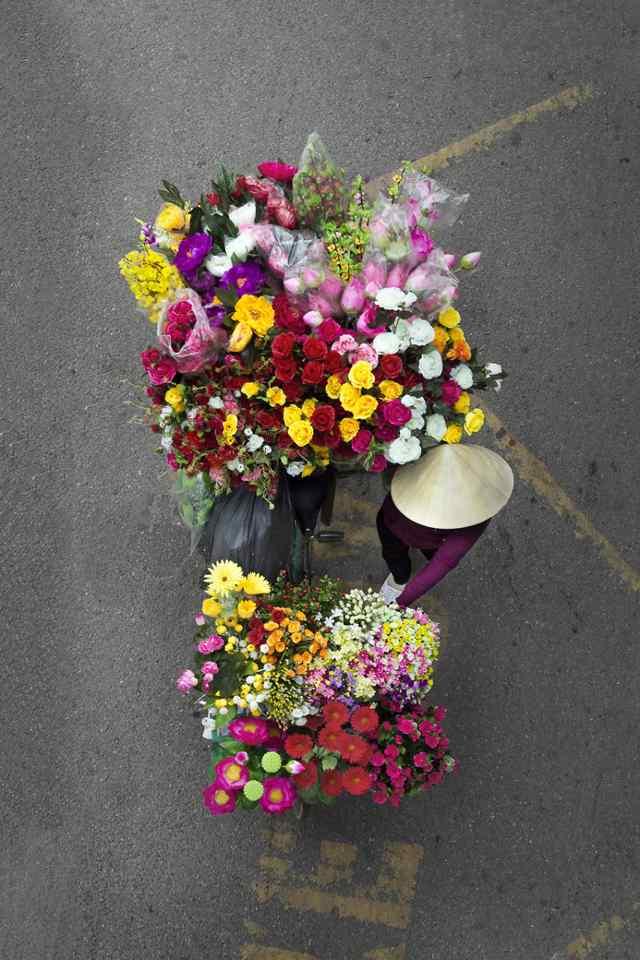 продавцы цветов во Вьетнаме