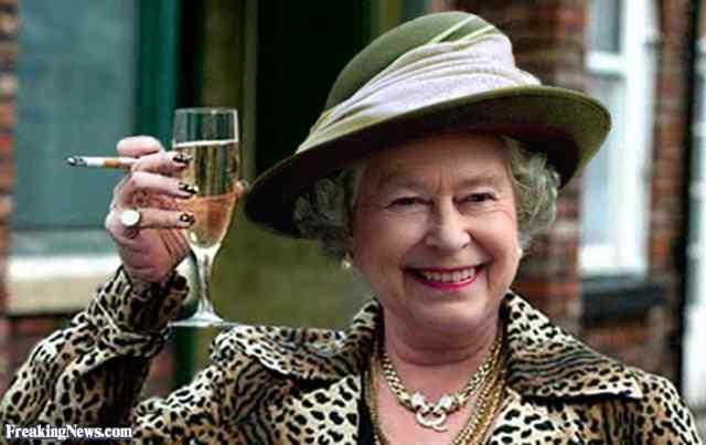 Неожиданные образы королевы Елизаветы.