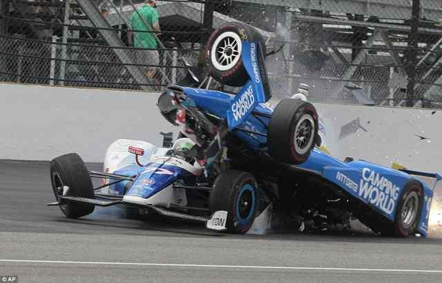 Страшная авария на Инди 500